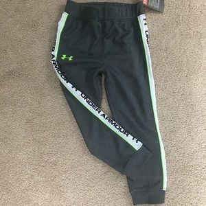 Youth size 5 under armour joggers NWT